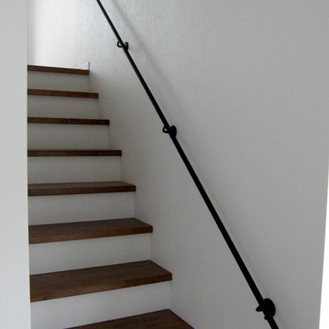 ロートアイアン,シンプル手すり,アイアン壁付け手摺,階段手すり,手摺,東京都