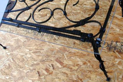 ロートアイアンのテーブル,天板ガラス,蛇,ロートアイアンテーブル,テーブル,スネーク