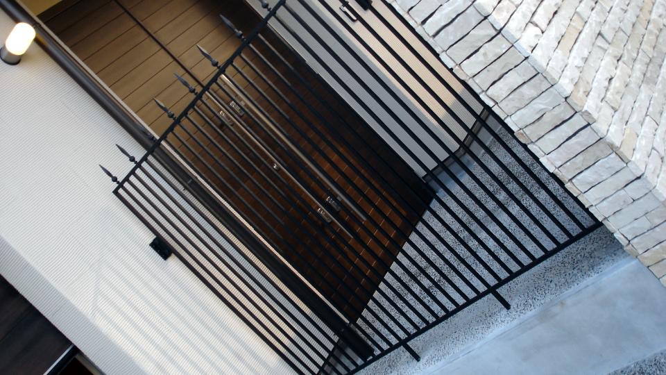 ロートアイアン,玄関フェンス,防犯用フェンス,オーダーメイド,愛媛県