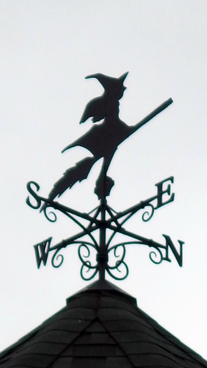 ロートアイアン,魔女の風見鶏,おしゃれな風見鶏