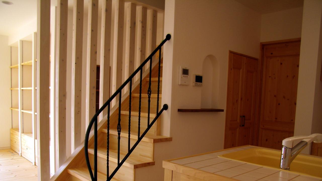 ロートアイアン階段手摺,シンプル,階段手摺,階段手すり,階段てすり,かいだん,アイアン,オーダーメイド,シンプル,バスケットバー,ツイストバー