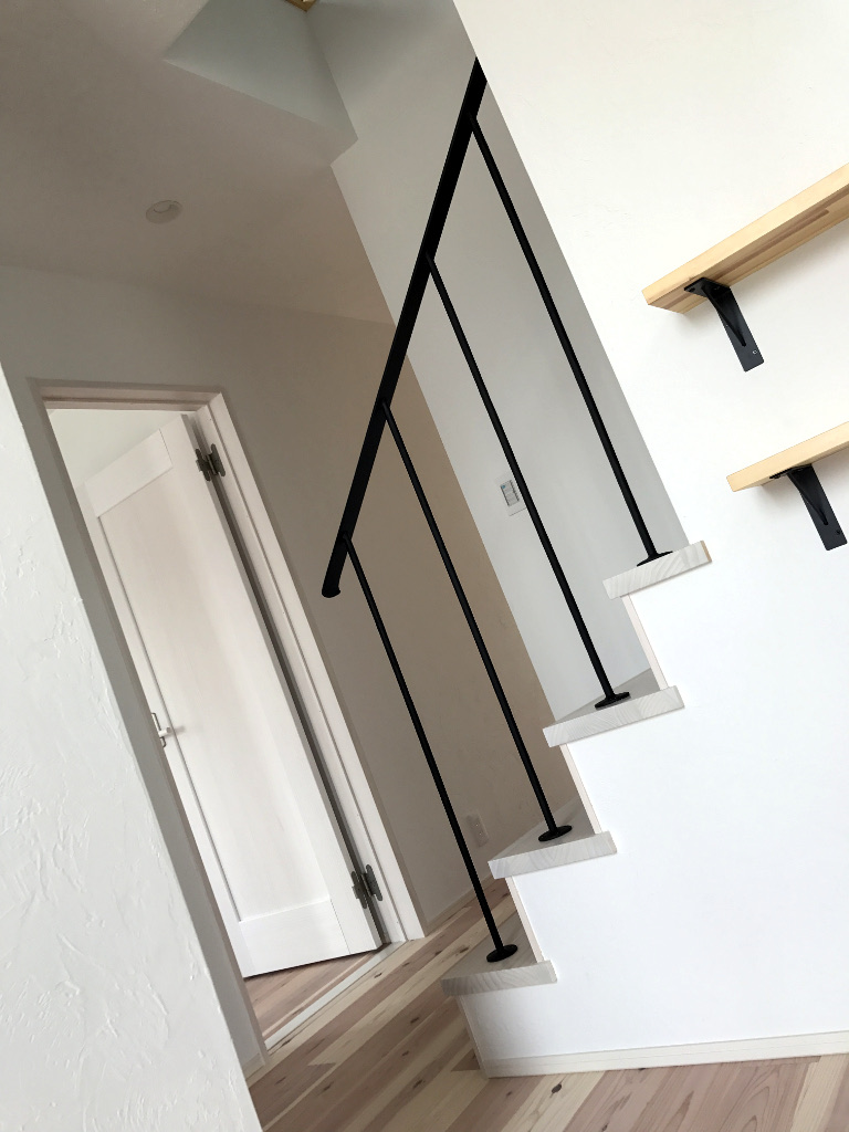 ロートアイアン階段手摺、モデルハウス