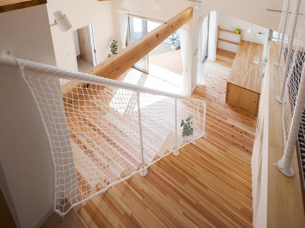 おしゃれなシンプルなアイアン階段手摺