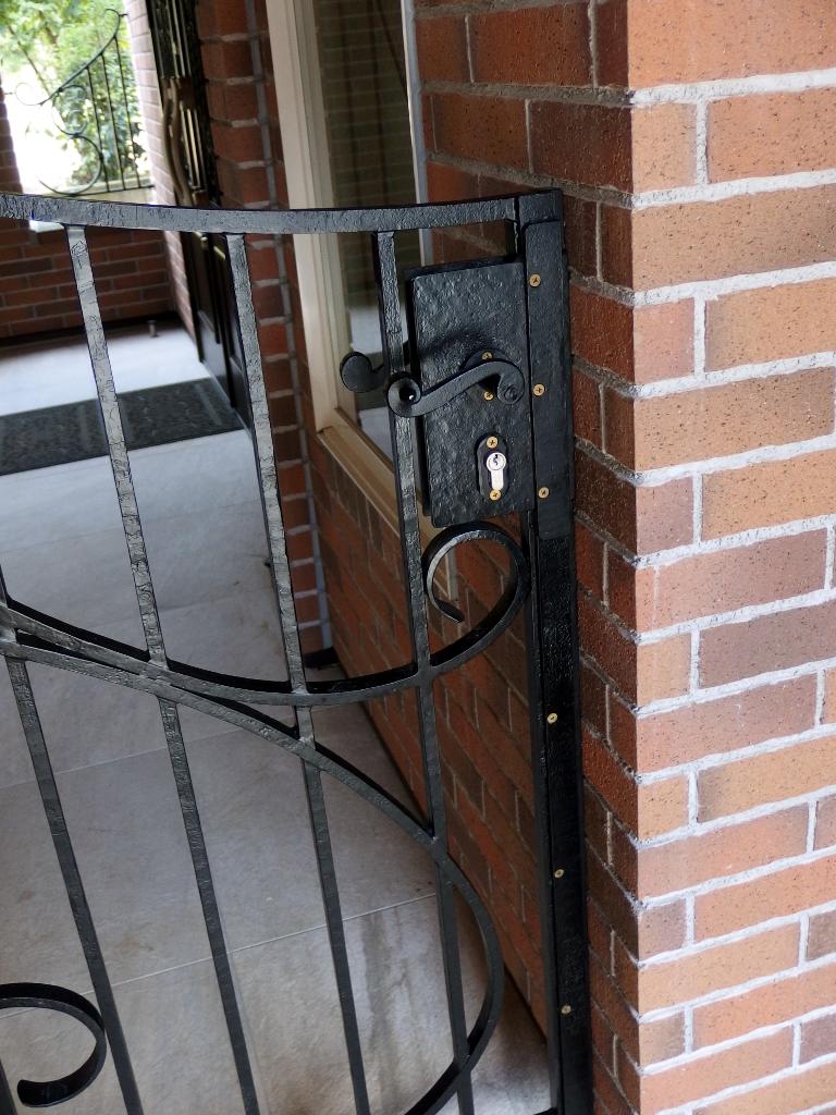 アイアン門扉ラッチ鍵